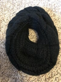 Black scarf  Pasco, 99301