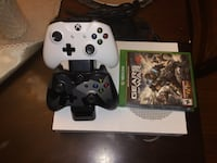 Xbox One S 2 TB Two Controller Charging StationGears of War 4 Washington