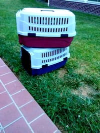2 small AKC pet carriers Knoxville