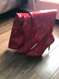 Pair of red leather cowboy boots Spring, 77386