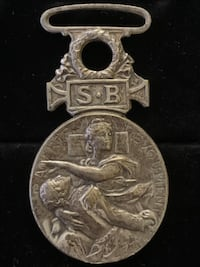 WW1 Red Cross Medal (Shipping Available) Toronto, M4V 2C1