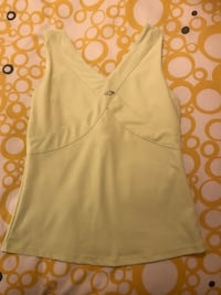 Ladies Medium Work Out Top  Toronto, M8Y 3L7