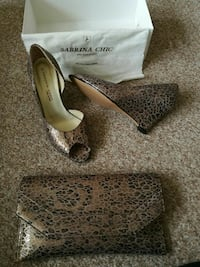 Sabrina chic size 4 shoes with matching clutch  Wolverhampton, WV4