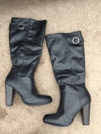 Woman Black Boots Harpers Ferry, 25425