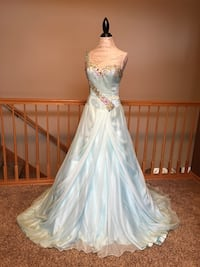 Johnathon Kayne Designer Prom or Formal Floor Length Dress - Gorgeous Size 10! Ankeny, 50023