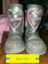 pair of size 5/6 gray-and-pink floral boots