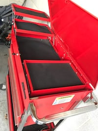 red and black tool chest Etters, 17319