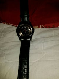 round black analog watch with black leather strap Lancaster, 43130