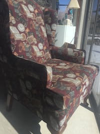 Perfect condition from nonsmoking n pet free home.  Comfortable with no rips or damage.