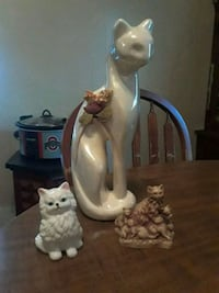Assorted cat figurines Akron, 44310