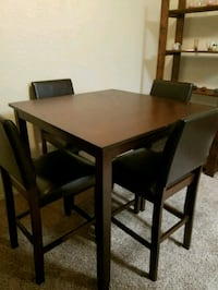 Dining table with 4 chairs Shreveport
