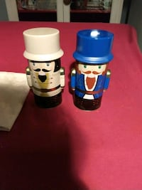 Nutcracker tins