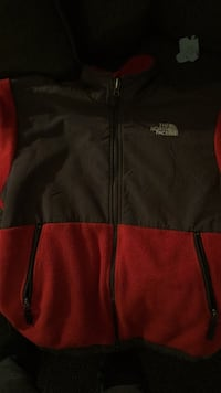 Medium north face  252 mi