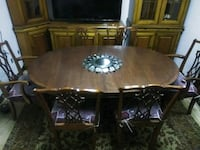 Antique dining room table  Norfolk, 23504