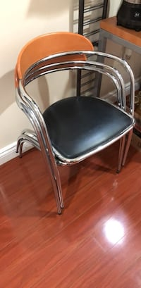 Metal Chair with Padding Oakville, L6H 0B9