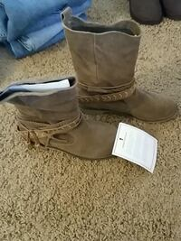 Coolway boots, new 2351 mi