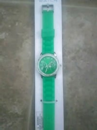 round silver analog watch with green leather strap Phoenix, 85022