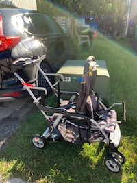 Double stroller sit and stand  Brampton, L6S 2L7