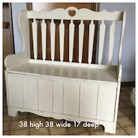 White wooden crib with changing table London, N5Y 5G3