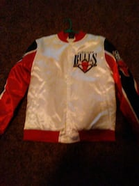 white and red Chicago Bulls jersey jacket Enid, 73701