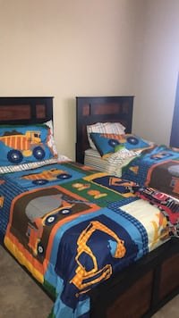 blue, yellow, and red bed sheet set Cedar Park, 78613