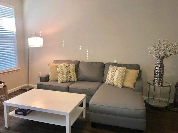 Used 6 Months Old Grey Ashley Furniture For Sale In Orlando Letgo
