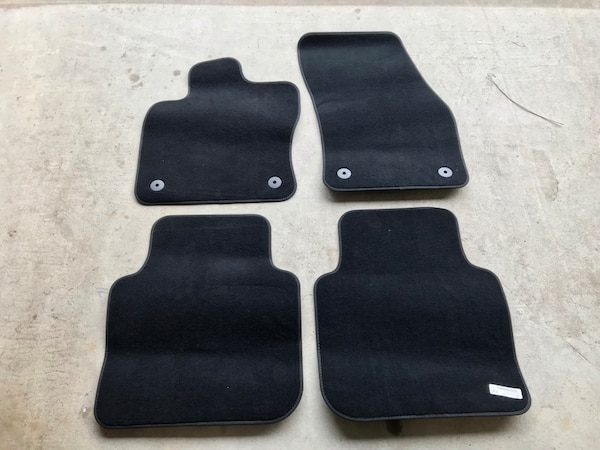 2018 - 2019 VW Tiguan floor Mat Set (front & Back)
