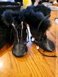 Baby leather boots