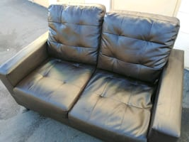 Great like new leather love seat sofa couch