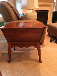 Side table with stoage