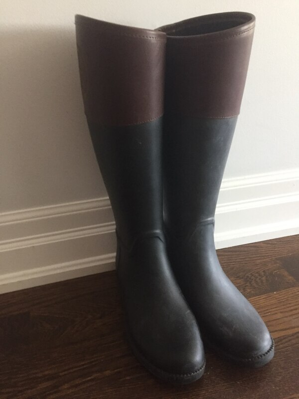 700ba930c6b9 Used Tory Burch black rain boots for sale in Toronto - letgo