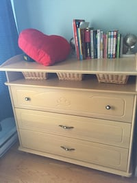 2 wooden dressers for baby or children room Laval, H7T 3C1