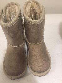 Toddler boots size 8 Toronto