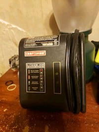 Craftsman lithium ion battery charger  Des Moines, 50317