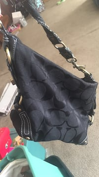 Extremely used coach purse Seven Springs, 28578