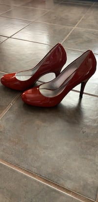 Red Jessica Simpson pumps Providence, 02908