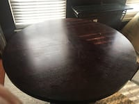 round black wooden table with chairs Alexandria, 22310