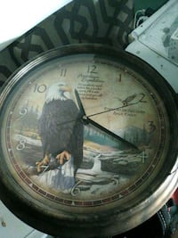 brown American Expedition analog wall clock
