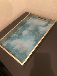 Blue Marble Platter and Clear Makeup Organizer  Tucson, 85719