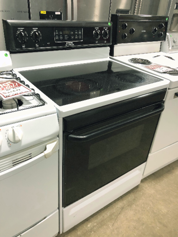 Used Black And White Frigidaire Self Cleaning Gltop Stove For In Huntington Station Letgo