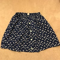 Blue floral skirt Surrey, V3T