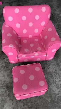pink and white polka dot sofa chair Vaughan, L6A