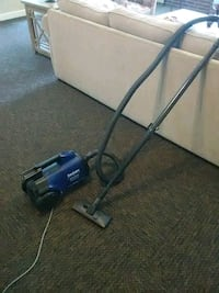 blue and black canister vacuum cleaner Clovis, 93611