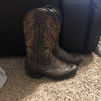Pair of brown leather cowboy boots McAllen, 78503