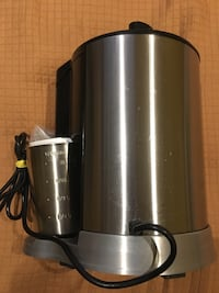 Professional Juice extractor maker like new Toronto, M6G 2A2