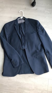 Navy H&M Slim Fit Suit 42 Jacket/36 Pants  Washington, 20003