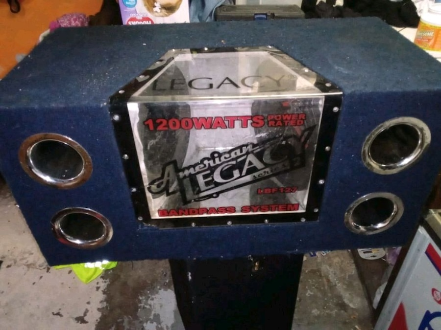 Photo 12 inch bandpass box. One pioneer sub and one mtx