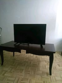 "32"" Flat Screen Television."