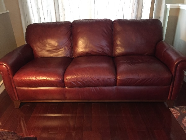 Burgundy Couch / Sofa