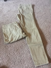 SERIOUS INQUIRES ONLY two pair khaki skinny jeans  Tacoma, 98407